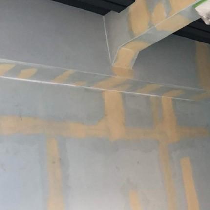 階段塗装パテ完了